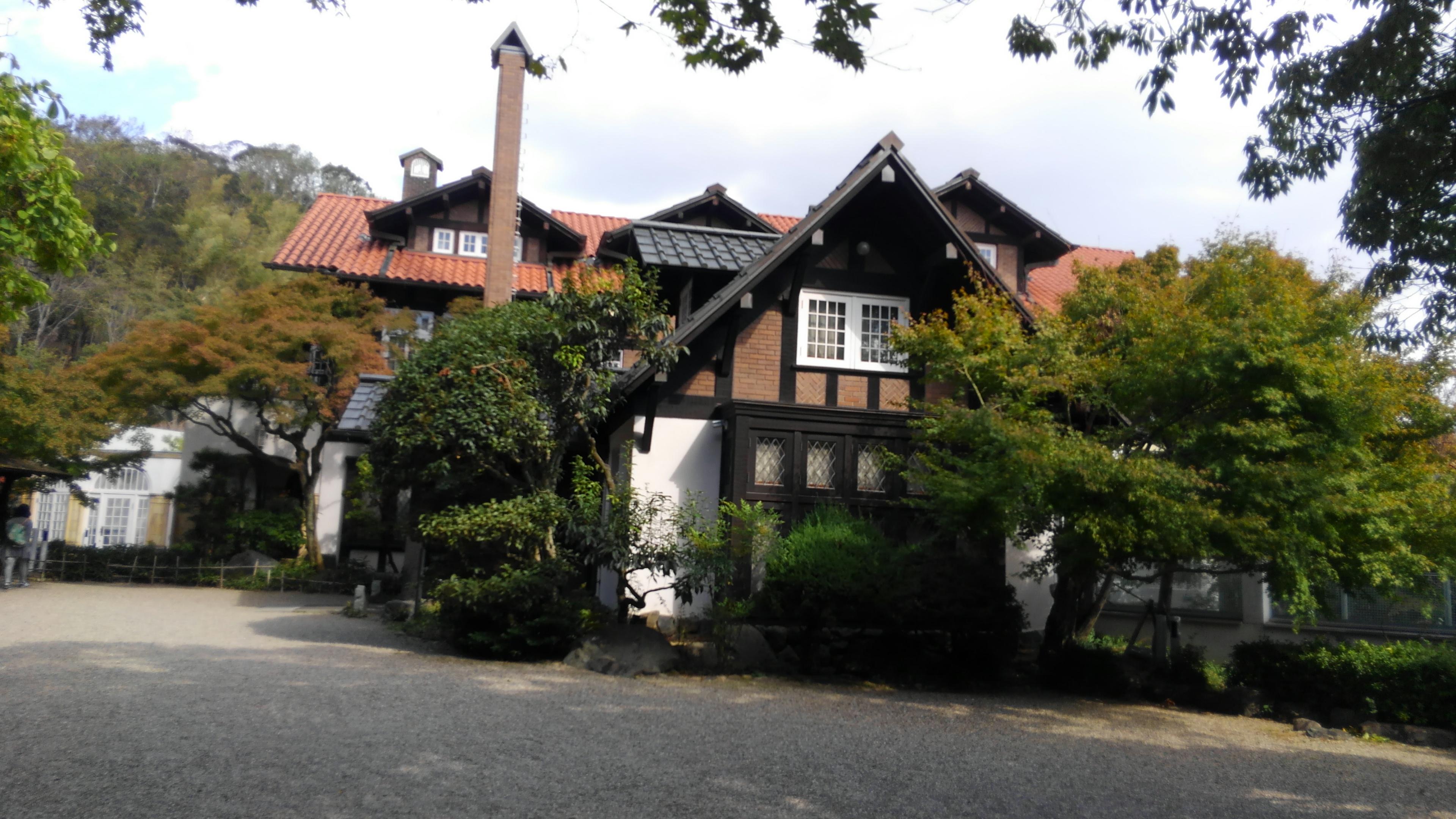💗の形の町にあるアサヒビール大山崎山荘美術館に行きました🍁🎃