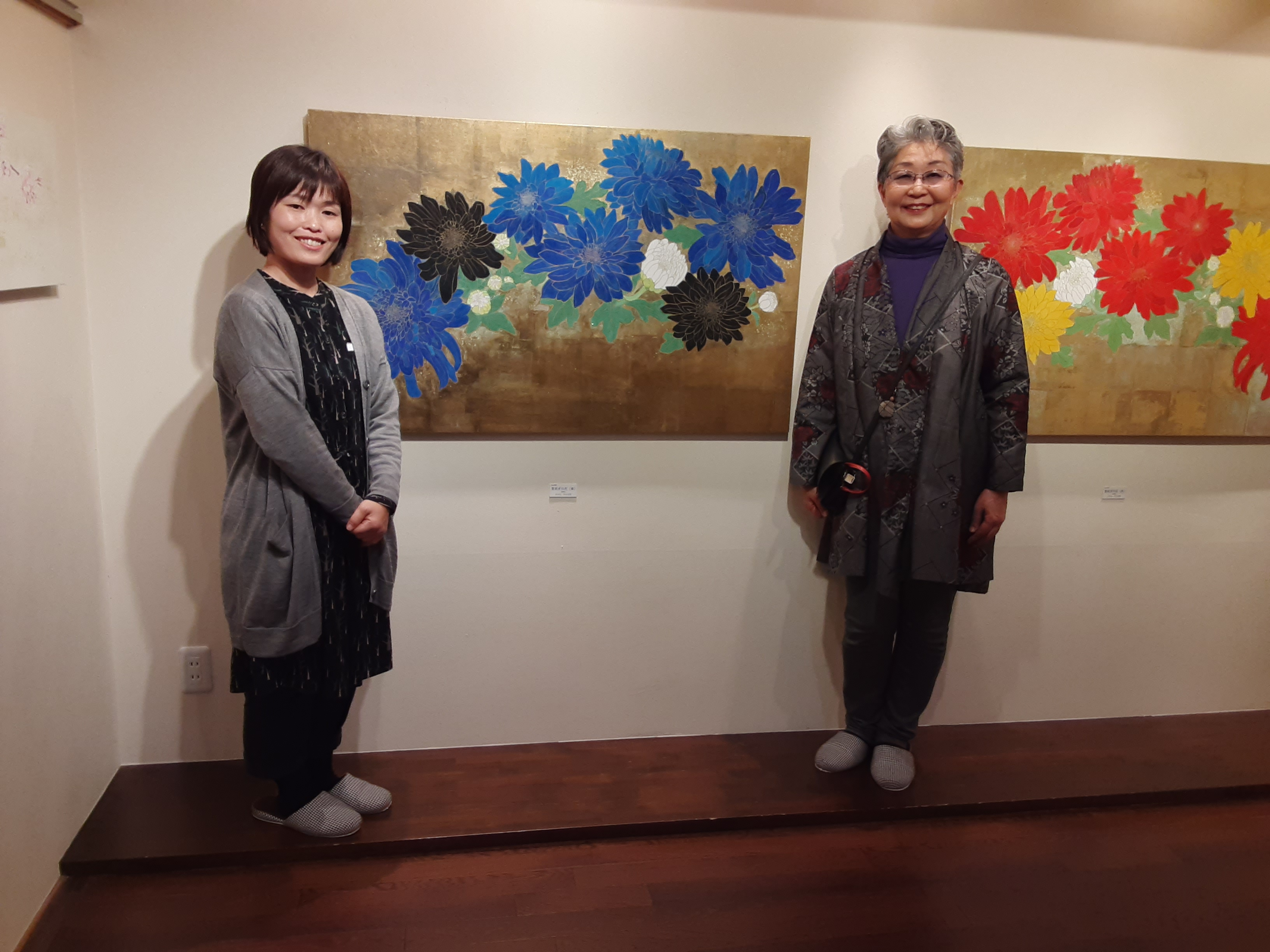 新春にふさわしい絵画展にいきました🌹