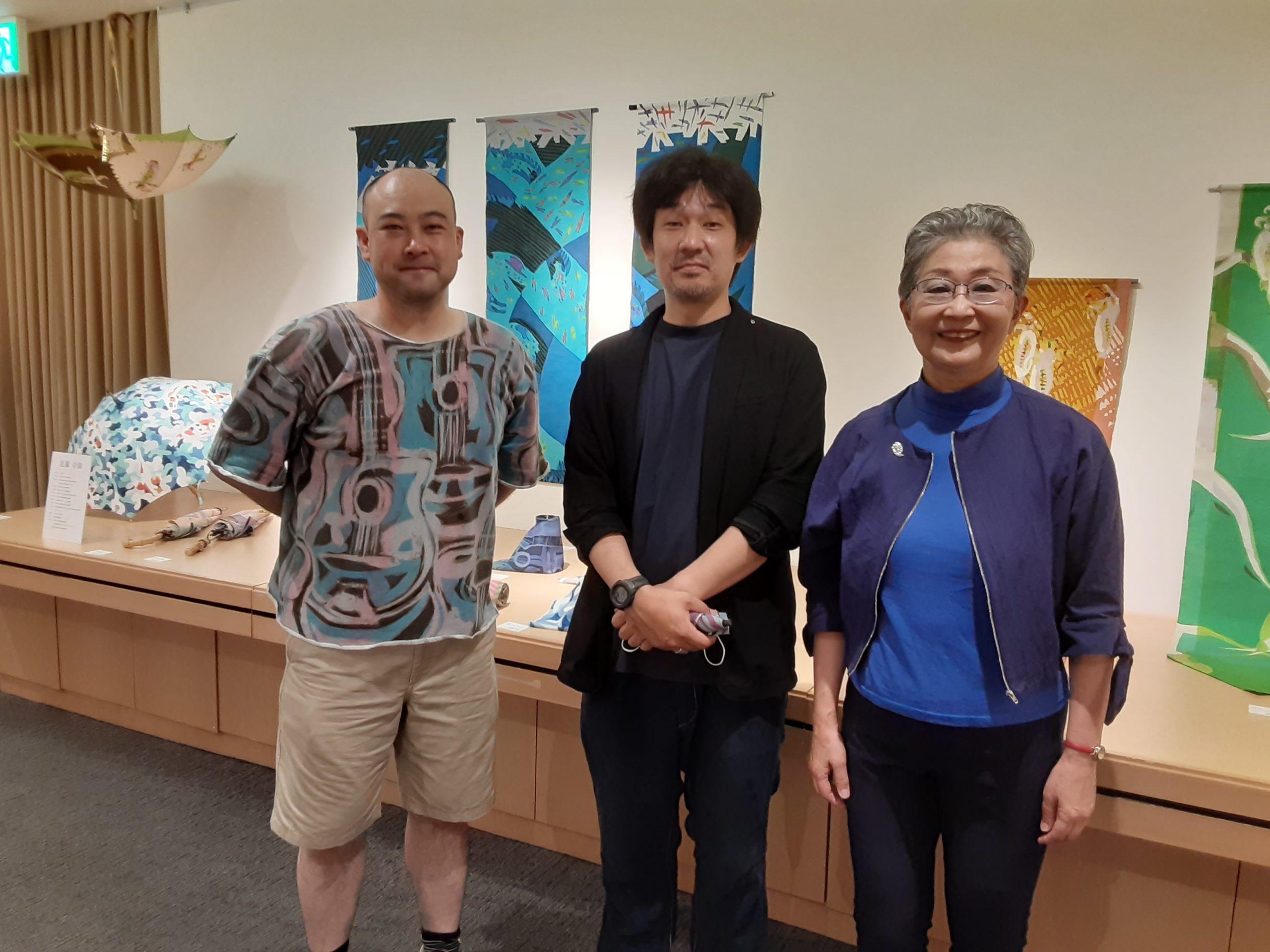 わが大山崎町の素敵な芸術家さんを紹介します🎶染色作家の近藤さんで展覧会へ行きました。素敵な作品が💐